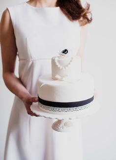 Klassisch-elegantes Hochzeitskonzept mit Vintage-Charme Daniela Porwol Photography http://www.hochzeitswahn.de/inspirationsideen/klassisch-elegantes-hochzeitskonzept-mit-vintage-charme/ #vintage #inspiration #cake