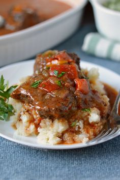 instant pot swiss steak with tomato beef sauce on plate Instant Pot Swiss Steak Recipe, Swiss Steak Recipes, Beef Recipes, Cooking Recipes, Chard Recipes, Beef Meals, Swiss Steak Gravy Recipe, Pressure Cooker Swiss Steak Recipe, Recipes