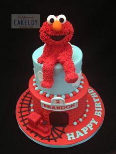 .Elmo's cake