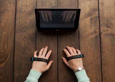 MK 비즈 > 아이디어 > 손가락만 움직이면 글자가 입력되는 '가상현실 키보드' 등장