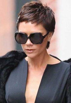 20 Victoria Beckham Pixie Cuts | http://www.short-hairstyles.co/20-victoria-beckham-pixie-cuts.html