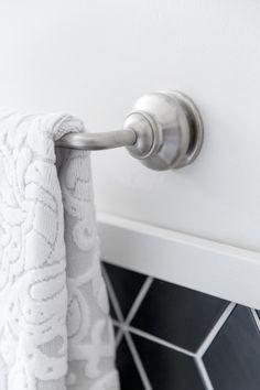 Master Bathroom Pictures From DIY Network Blog Cabin 2016 >> http://www.diynetwork.com/blog-cabin/2016/master-bathroom-pictures-from-diy-network-blog-cabin-2016-pictures?soc=pinterest
