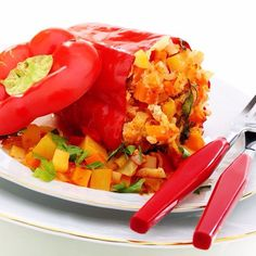 Paleo Peppers-Yield: 4 servingsCalories: 285 per serving-INGREDIENTS:2 bell peppers, halved and cleaned1 tablespoon coconut oil1/2 large onion, dicedSea salt and black pepper, to taste4 cloves garlic, pressed or chopped1/2 cup diced tomatoes, fresh or canned1 pound ground turkey6 basil leaves, finely choppedExtra basil leaves, for garnish-DIRECTIONS:Begin by preheating the oven to 375 degrees Fahrenheit. Prepare the peppers by washing them and cutting them in half. If you would like your…
