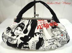 Vintage bag. #Vintagebags #Handmadecase #Framebags #Bags #Handmade #BolsosdeBoquilla #HechoaMano #DIY #BolsosArtesanos #bag #bolso #handbag #vintage #framebag #framepurse #vintage bag #bolsovintage #bolsoboquilla #handmade #diy #bolsodetela #bolsoartesano #bolsodemoda #Patchwork