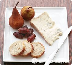 Gorgonzola Platter. A delectable way to begin or end a meal.  http://www.annabel-langbein.com/