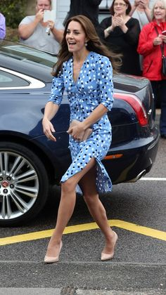 Catherine, Duchess of Cambridge arrives at Steward's Academy on September 16…