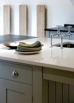 like this counter top and grey cabinet#grey cabinet