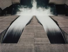 Toshio Shibata is a renowned Japanese photographer known for his large format images showing vast landscapes framing structural engineering to deserte. Image Photography, Amazing Photography, Image Mix, Water Architecture, Tokyo, Grand Format, Oceans Of The World, Landscape Paintings, Nature