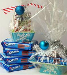 Adorable, inexpensive way to give holiday goodies. A great gift for Teachers, Friends and KidsSeveral gift ideas including this darling cookie stand made out of a matching melamine plate and bowl. Package it with holiday Oreos and peppermint- hot chocolate mix.
