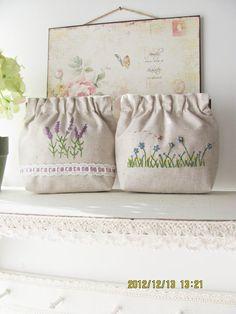 Hand embroidery flex frame purse pouch bag by KawaiiSakuraHandmade, ¥5000