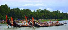 Kerala boatrace - The annual Snake boat race is performed during Onam Celebrations on the Pamba River at Aranmula near Pathanamthitta.