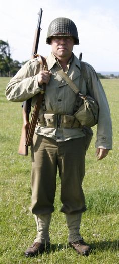 US First Division uniform and equipment