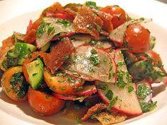 Authentic Lebanese Fattoush Salad Recipe - How to Make Authentic Lebanese Fattoush Salad