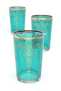 Turquoise Moroccan Tea Glasses aqua teal turquoise♥❤♥have some in jewel tones but you can never have enough - to + colour splashes easily to a table♥❤♥ Pierre Turquoise, Shades Of Turquoise, Turquoise Color, Aqua Blue, Turquoise Glass, Emerald Colour, Color Blue, Tea Glasses, Glass Art