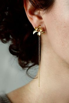 Colorful Yellow & Green Statement Earrings- dangle earrings/ chandelier earrings/ fan earrings/ gift for her/ birthday gift/ formal occasion - Fine Jewelry Ideas Simple Earrings, Beautiful Earrings, Statement Earrings, Women's Earrings, Diamond Earrings, Diamond Jewelry, Lotus Jewelry, Cartilage Earrings, Diamond Studs