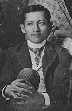 5 things you may not know about Jose Rizal - Yahoo News Philippines Filipino Culture, Filipino Art, University Of Santo Tomas, Jose Rizal, Noli Me Tangere, Philippines Culture, Colorized Photos, Pinoy, Artists