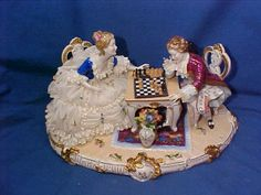 Vintage LARGE DRESDEN LACE Porcelain FIGURINE 18thc COUPLE PLAYING CHESS Germany