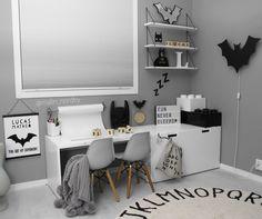 Batman monochromatic kidsroom