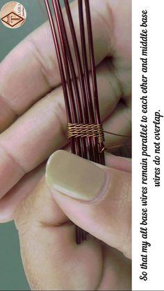 Copper Wire Jewelry, Wire Jewelry Making, Handmade Wire Jewelry, Diy Jewelry, Jewellery, Wire Jewelry Patterns, Wire Jewelry Designs, Bijoux Wire Wrap, Wire Wrapped Jewelry