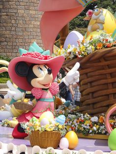 Easter Wonderland in Tokyo Disneyland 2010 by dai-kon, via Flickr