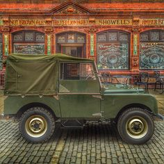 Land Rover 86 Serie One. Soft top. Begining.