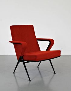 Friso Kramer; Enameled Metal 'Repose' Armchair for De Cirkel, 1969.