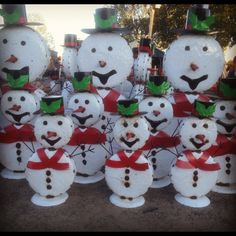 New metal Snowmen at the Pottery Shop in Clinton Arkansas.