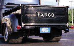 p89422_large+1957_Dodge_D100_Fargo+Rear_View.jpg (799×499)