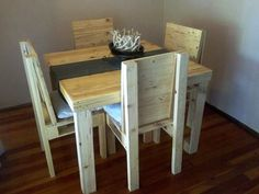 wooden pallet dining set