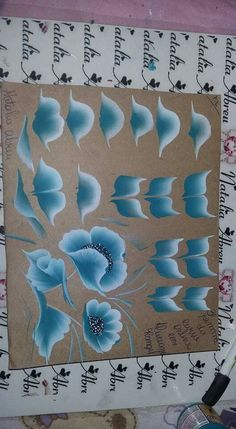 Lindo One Stroke Painting, Tole Painting, Fabric Painting, Diy Painting, Acrylic Painting Techniques, Painting Lessons, Art Lessons, Donna Dewberry Painting, Folk Art Flowers
