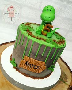 just like this, except green icing. no name tag, wants leaves Dinasour Birthday Cake, 2nd Birthday Cake Boy, Boys Bday Cakes, Dinasour Cake, Birthday Drip Cake, Dinosaur Birthday, Dinosaur Party, Birthday Ideas, Dinosaur Cakes For Boys