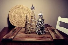 DIY Christmas Cones, Homemade Wooden Tray, Recycled Wood, Weathered Look, Lovely and Simple Christmas Idea