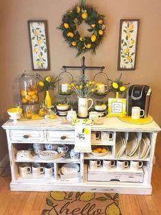 favorite farmhouse summer decor ideas 54 – Home Decor Lemon Kitchen Decor, New Kitchen, Kitchen Dining, Yellow Kitchen Decor, Kitchen Themes, Kitchen Ideas, Cafe Themed Kitchen, Spring Kitchen Decor, Kitchen Images