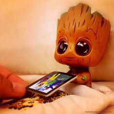 Cute Disney Drawings, Cute Animal Drawings, Kawaii Drawings, Cute Drawings, Cute Cartoon Wallpapers, Cute Wallpaper Backgrounds, 365 Kawaii, Baby Groot Drawing, Disney Phone Wallpaper