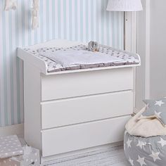 beautiful ideas for baby changers Wall Mounted Changing Table, Baby Changing Unit, White Changing Table, Baby Changing Station, Baby Changing Tables, Baby Bedroom, Baby Boy Rooms, Baby Room Decor, Baby Changer