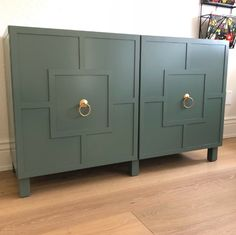 👀 Keep your eyes peeled for our next newsletter. we will be featuring Leslie's Ikea Besta hack. Ikea Furniture Hacks, Diy Kids Furniture, Ikea Furniture Makeover, Furniture Outlet, Discount Furniture, Luxury Furniture, Ikea Hack Besta, Ikea Cabinets, Diy Home Decor Bedroom