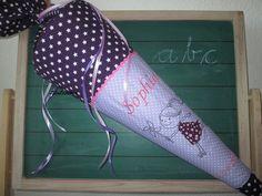 Schultüten - Schultüte Mädchen auf Rollschuhen, lila, Sterne - ein Designerstück von LilaLunchen bei DaWanda