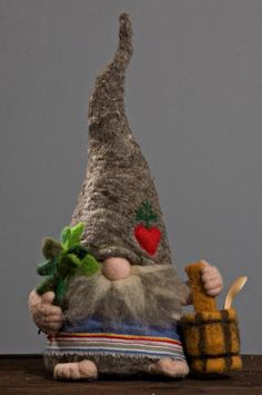 Family of Gnomes Swedish Christmas, Christmas Gnome, Scandinavian Christmas, Scandinavian Gnomes, Elves And Fairies, Christmas Decorations, Christmas Ornaments, Felt Crafts, Holiday Crafts