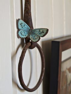 DIY vintage paper butterfly with magnetic strip on back = instant summer decor Butterfly Crafts, Vintage Butterfly, Butterfly Bathroom, Summer Deco, Quick Crafts, Paper Butterflies, Summer Beauty, How To Make Paper, Vintage Paper