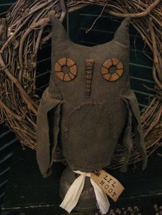 Primitive Fall/Halloween Owl on Old Oil Can by annattic1 on Etsy, $24.00