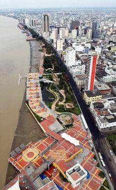 Malecón desde lo alto.
