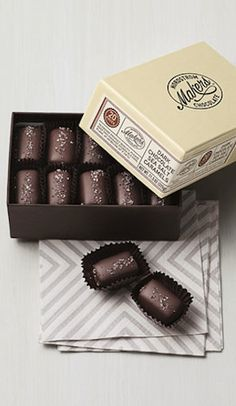 delicious dark chocolate sea salt caramels http://rstyle.me/n/kmmjvr9te