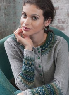 Vogue Knitting Winter and its collection Swedish Modern inspired by Bohus knitting. Vogue Knitting, Hand Knitting, Crochet Cardigan, Knit Crochet, Motif Fair Isle, Nordic Sweater, Knitting Magazine, Fair Isle Knitting, Pullover