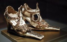 Platform shoes were born in the 16th century as symbol of wealth