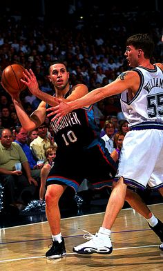 "Mike Bibby and Jason ""White Chocolate"" Williams 2 of my fave point guards growing up! Mike Bibby, Jason Williams, Jason White, Memphis Grizzlies, Nba Basketball, White Chocolate, No Time For Me, Guys, Sports"