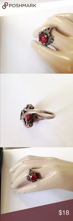 Victorian Style Ring Silver, Marcasite & Faux ruby Victorian Style Ring Silver, Marcasite, and Faux Ruby Costume jewelry repro Stunning design and color Size 8 1/2 Excellent condition Jewelry Rings