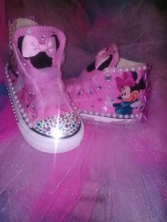 Toddler custom bling converse by Meeshaz on Etsy, $65.00 Bling Baby Shoes, Baby Girl Shoes, Kid Shoes, Girls Shoes, Shoe Boots, Bling Converse, Kids Converse, Kids Footwear, Minnie Mouse Baby Shower