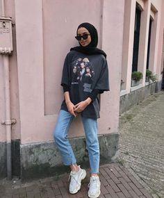 Trendy Fashion Hijab Casual Dresses Muslim Source by clothing Trendy Fashion Hijab Casual Dresses Muslim Source by clothing hijab Trendy fitness style fashion inspiration Ideas when the sun comes out 🌞 Hijab Casual, Hijab Chic, Casual Dress Outfits, Mode Outfits, Fashion Outfits, Ootd Hijab, Casual Pants, Plad Outfits, Stylish Outfits
