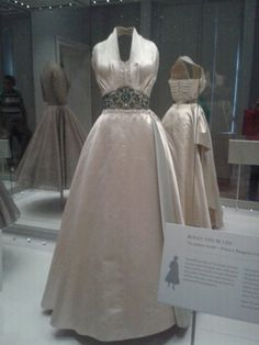 Love love this gown worn by Princess Margaret in the 50s