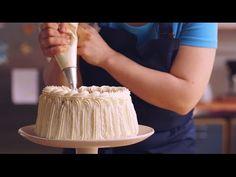 Kakun koristelu kermalla | Valio leivontavinkit - YouTube